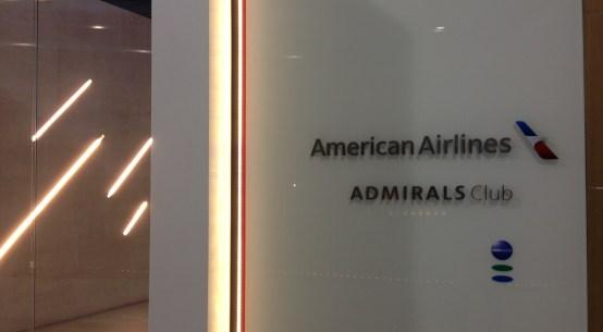 Sala vip American Airlines Admirals no Aeroporto de São Paulo Guarulhos