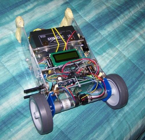 An exhilarating self balancing robot embedded projects