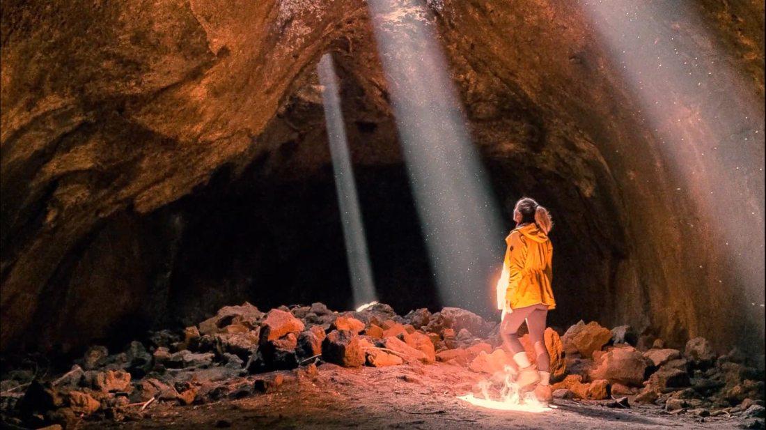 skylight cave bend oregon
