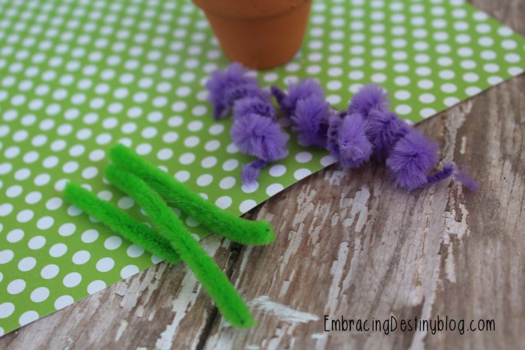 Step by Step with pictures Hyacinth Pipe Cleaner Craft | kids arts and crafts | mini flower pot craft