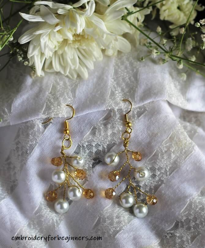 pearl and beads earrings
