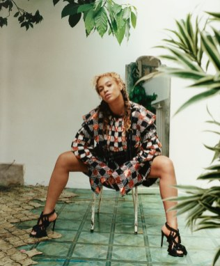 02-beyonce-vogue-september-cover-2018