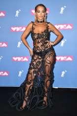 rita-ora-attends-2018-mtv-video-music-awards-mtv-vma-2018-at-radio-city-music-hall-in-new-york-city-200818_11