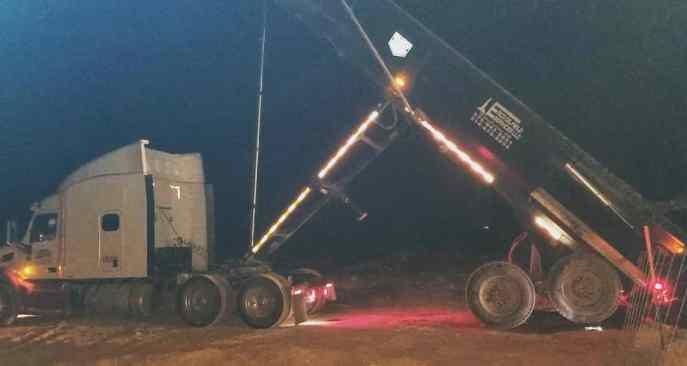 32' end loader for Emco Oilfield transportation services
