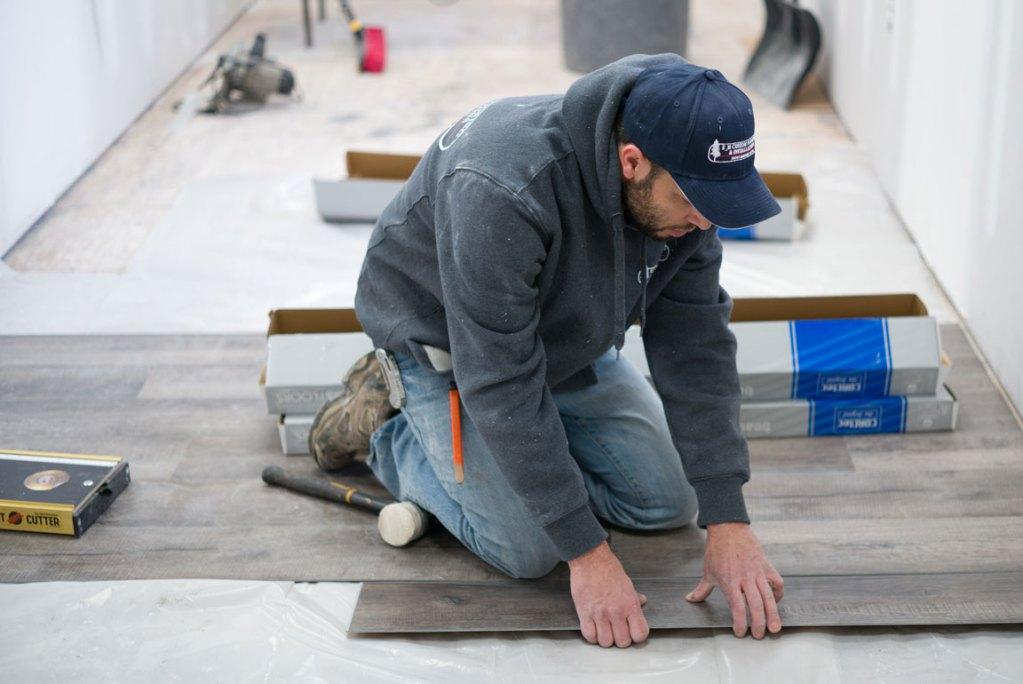 vinyl plank flooring installation - fitting