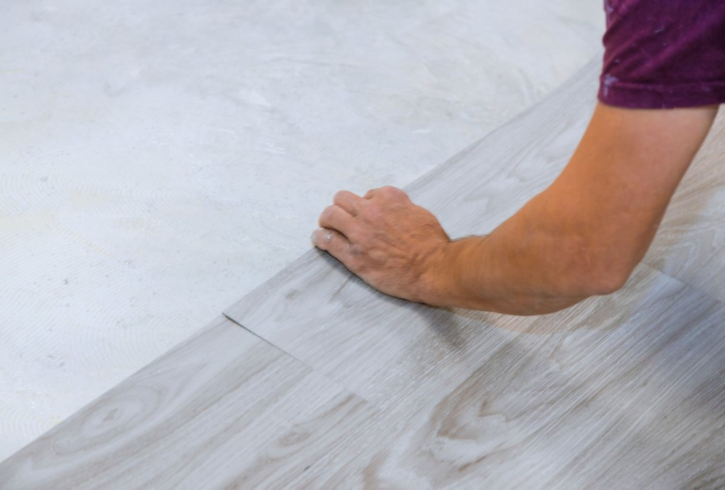 installing light colored vinyl flooring