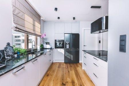 hardwood kitchen flooring installation