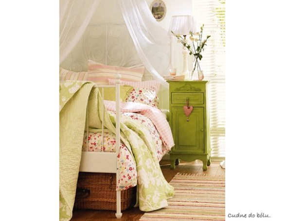 green-girlsbedroom6