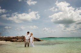 destination-nassau-bahamas-wedding-photographer-0321
