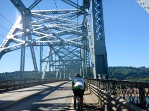 Crossing Into Oregon!