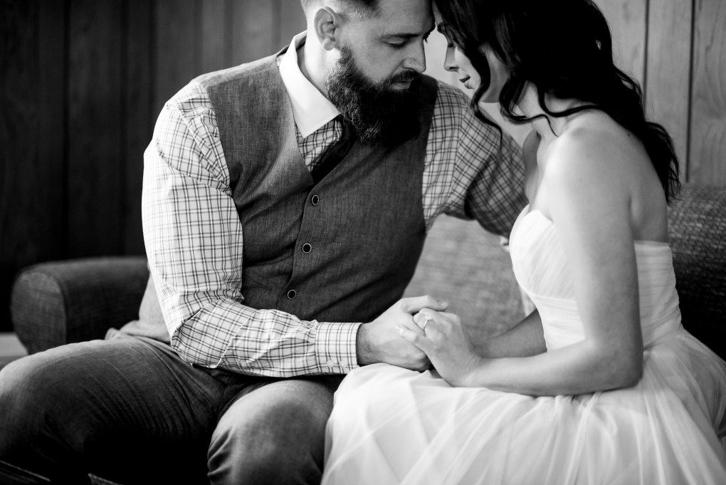 weddings on a train steam into history emerald stone photography