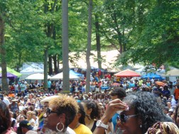 The heavy crowd at the Soul stage.