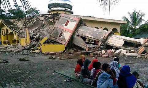 Seísmo sacude Indonesia.