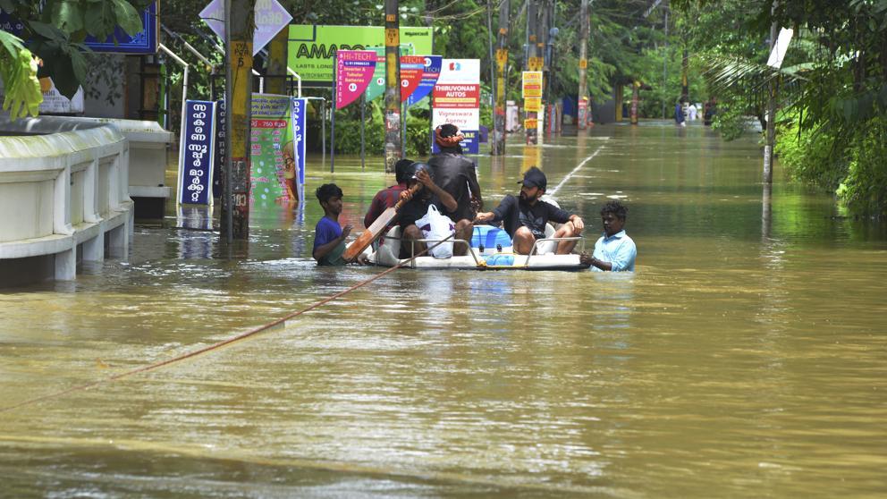 Radioaficionados en las inundaciones de Kerala, India