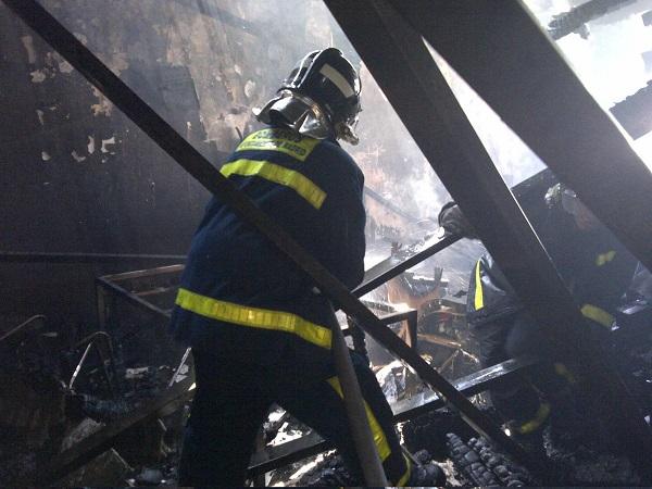 Incendio en la cubierta del Teatro Alcázar (3/4)