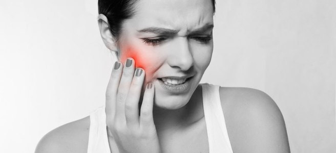 dry socket emergency dentist, pain a few days after tooth removal, pain in jaw following tooth extraction