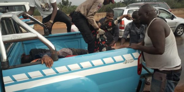 FRSC Officers Rescuing Victims