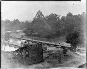 Federal pontoon crossing at Hanovertown on the Pamunkey River. Courtesy of the Library of Congress.