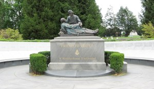 Friend to Friend monument at Gettysburg. Photo courtesy of http://gettysburg.stonesentinels.com/other-monuments/friend-to-friend-masonic-memorial/