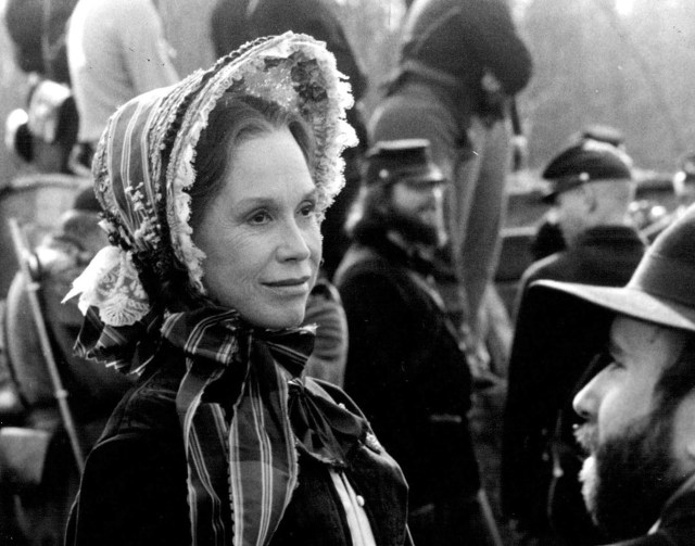 mary-tyler-moore-mary-todd-lincoln