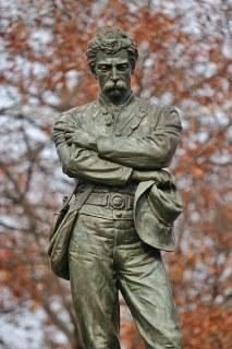 Alexandria Statue