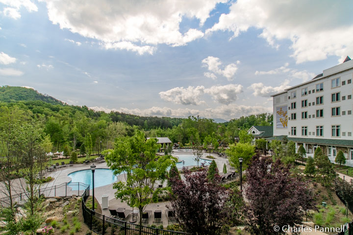 Dollywood's Dream More Resort