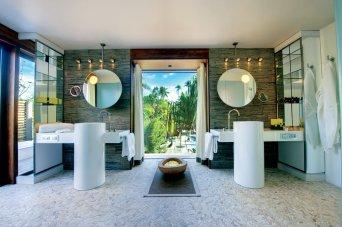 Villa Bath