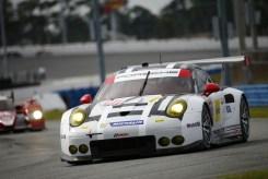 Porsche 911 RSR, Porsche North America Patrick Pilet, Nick Tandy, Kevin Estre (3)