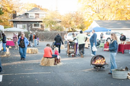 A wider view of the season finale of the Emerson-Garfield Farmers' Market on October 18, 2013