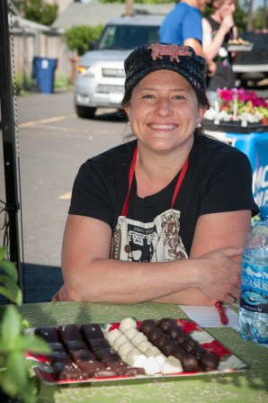 Stacy of Petunia's Marketplace.