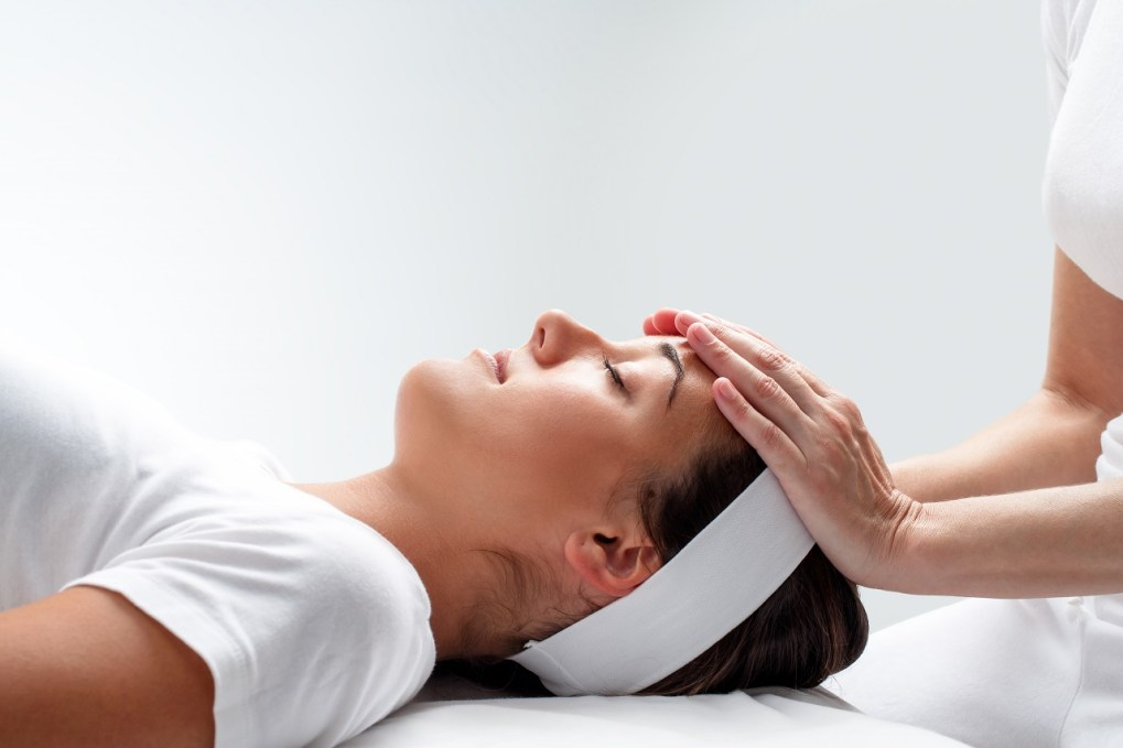 Reiki treatment benefits
