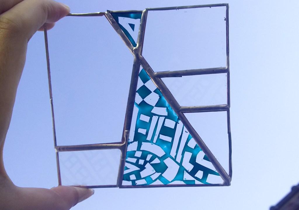 自宅で簡単ステンドグラスパネル