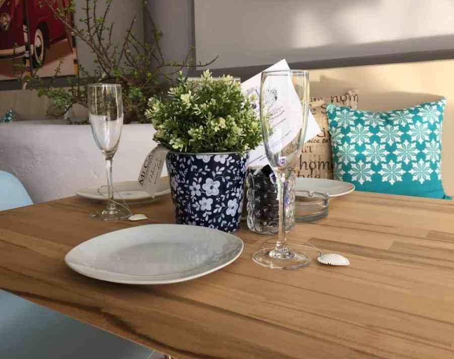 Emigreren Gran Canaria - Mi Casa - Must-try eetzaakje op Gran Canaria - Tafel