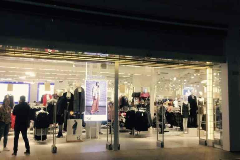 Emigreren Gran Canaria - Winkelcentrum Las Terrazas - Shoppen in kerstsfeer - Lefties Las Terrazas