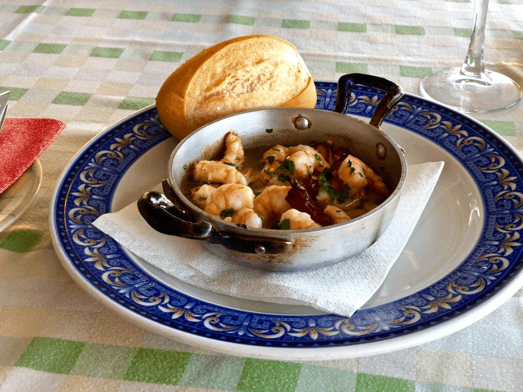 Emigreren Gran Canaria - Vakantie tips - Ontdek de prachtige westkust van Gran Canaria - Verse vis en de Canarische keuken - Gamba's al ajillo