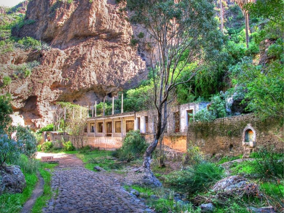 Urbex op Gran Canaria verlaten kuuroord Balneario de Azuaje