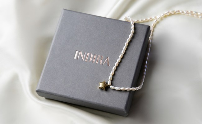 Cadou pentru iubita INDIRA