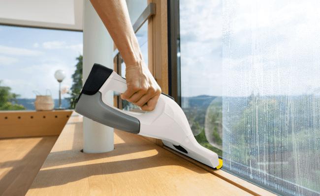 Cum faci lumina cu ajutorul apei Speli geamurile aspiratoare pentru geamuri karcher