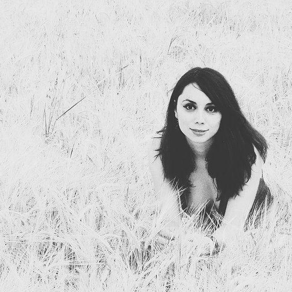 Roxana Moraru Blogger