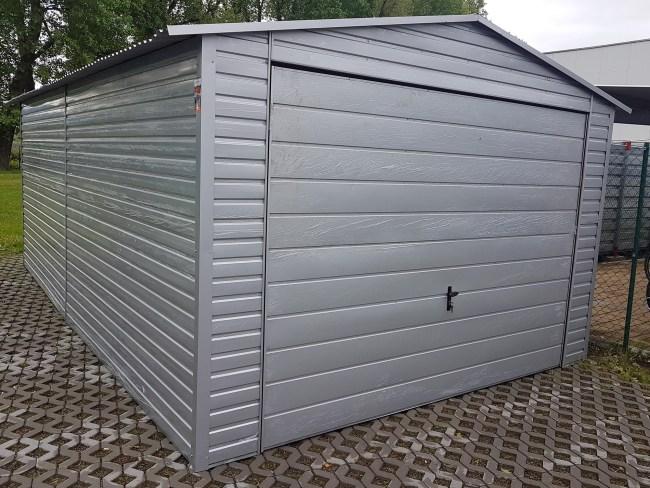 casa masinii tale garaj argintiu