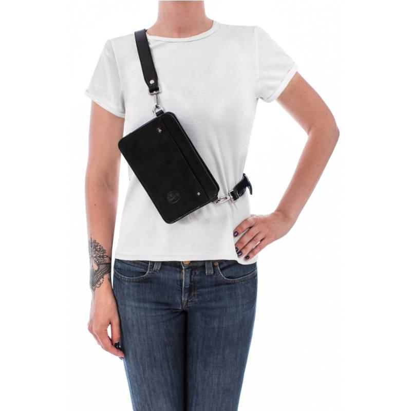 Czarna nerka torebka przez ramię