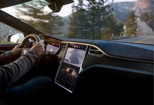 Actualiza tu Tesla como si fuera nuevo: retrofit de la MCU1 a la MCU2