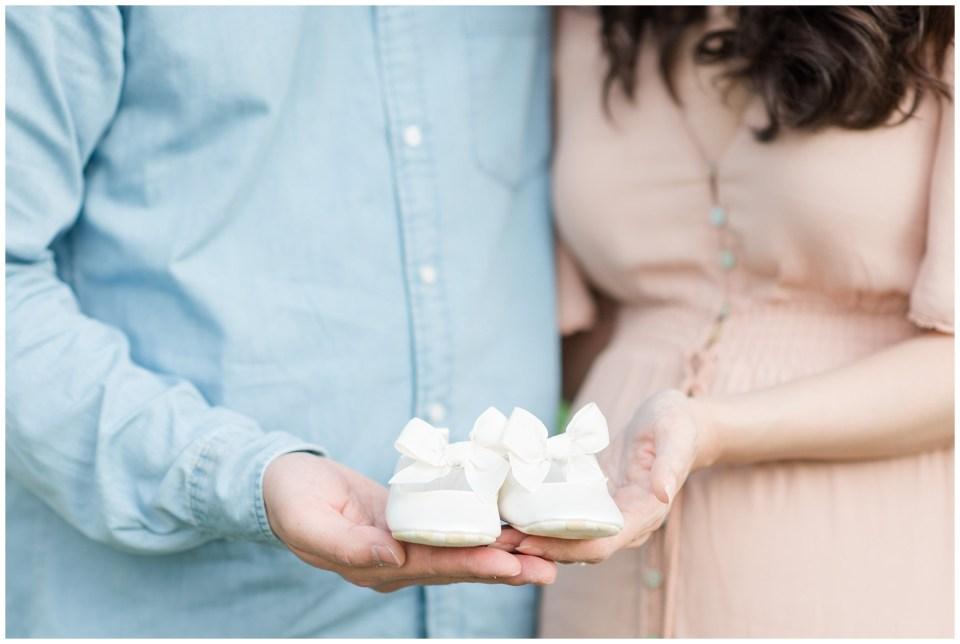 jones-point-park-alexandria-maternity-session-photos-emily-alyssa-photography-18.jpg