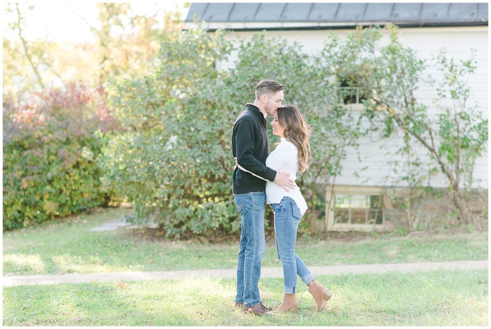 sky-meadows-park-engagement-photos-7.jpg