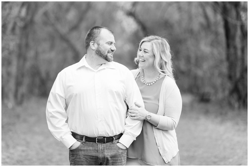 black-and-white-maryland-wedding-photographer-engagement-photo