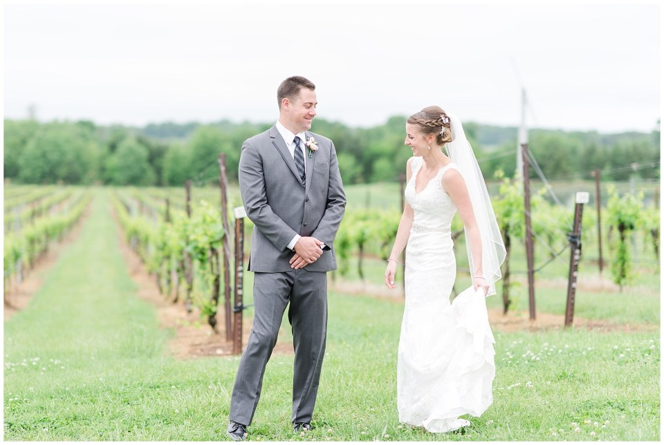old-house-vineyards-wedding-photos-culpeper-virginia-wedding-photographer-photo-31_photos.jpg