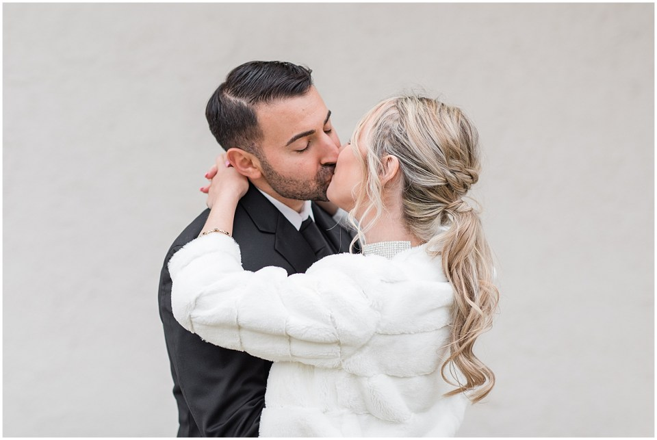 elegant winter wedding photos