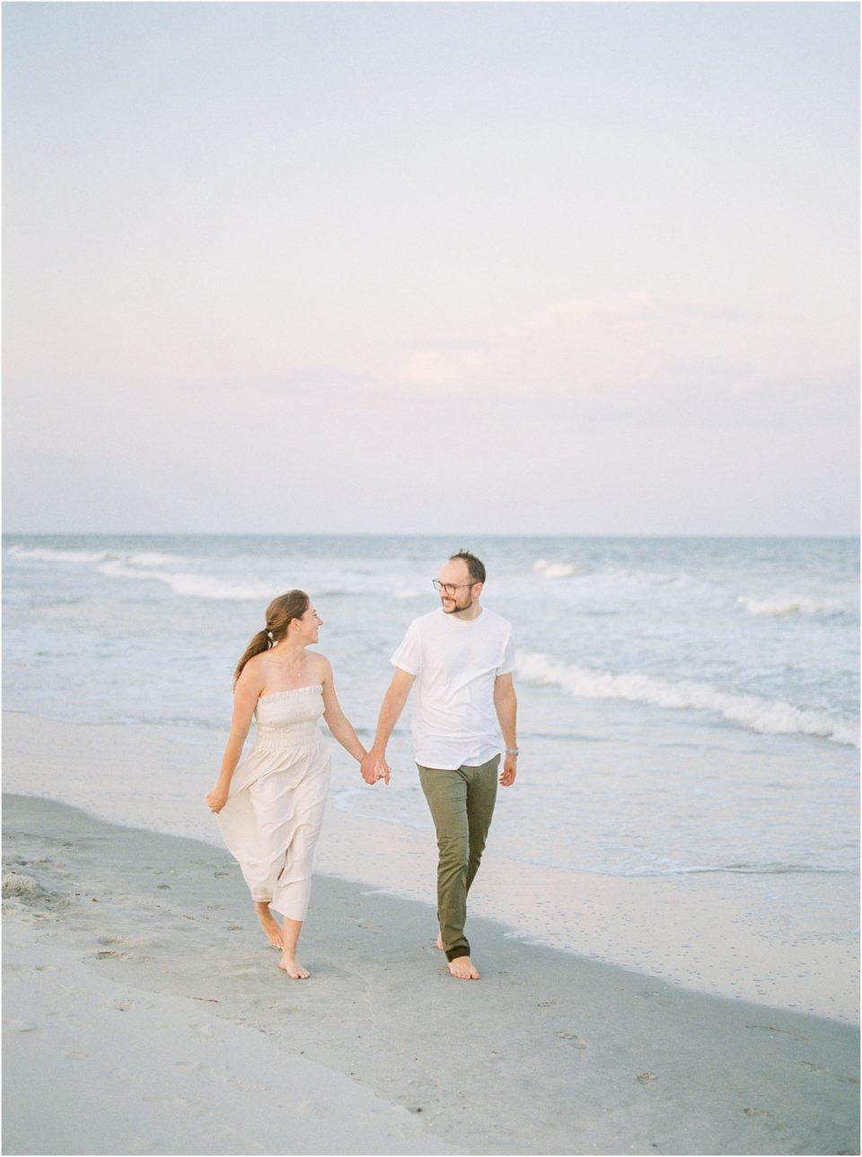 anniversary photos on the beach ideas