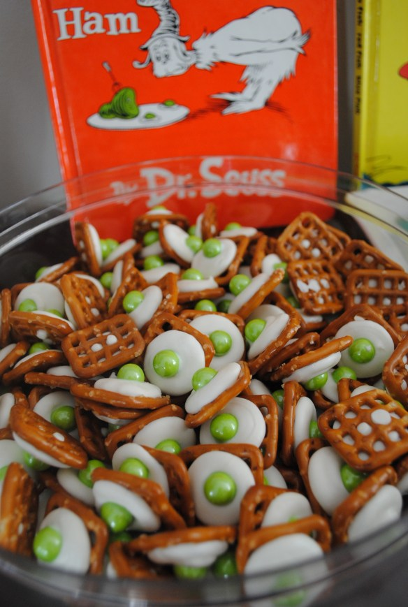 Dr. Seuss birthday treat- Green Eggs and Ham pretzel dessert treat. Fun for birthdays and Read Across America.