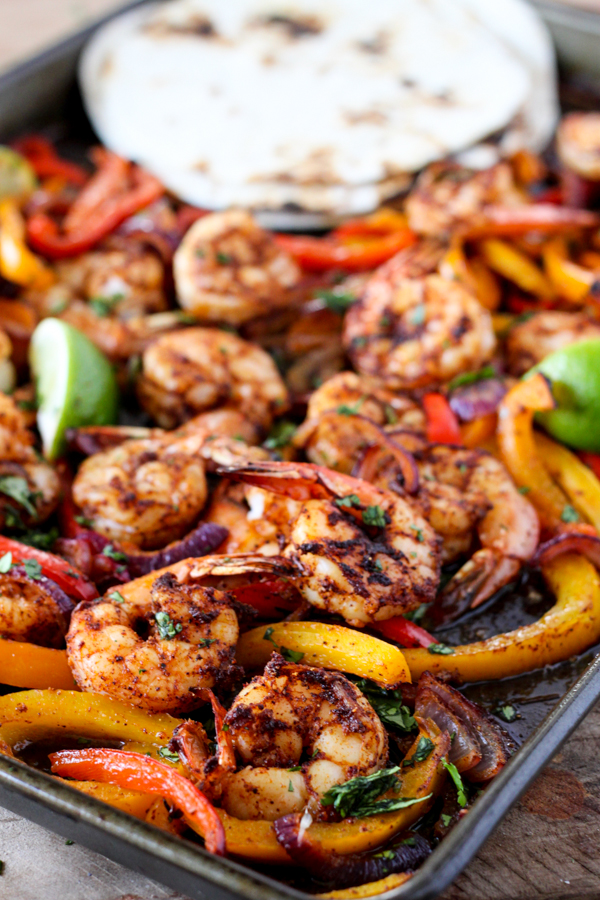 Sheet-Pan-Shrimp-Fajitas-Back-to-School-Meal-Plan